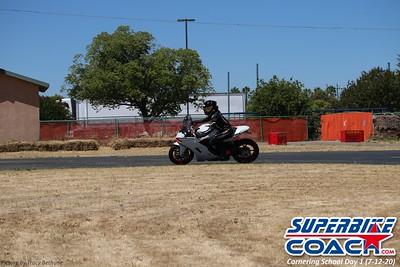 superbikecoach_corneringschool_2020_july12_GroupA_11