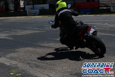 superbikecoach_corneringschool_2020_july12_GroupA_4