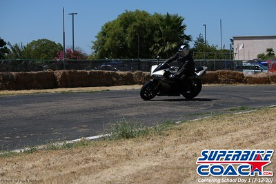 superbikecoach_corneringschool_2020_july12_GroupA_7