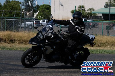 superbikecoach_corneringschool_2019july14_GroupA_11