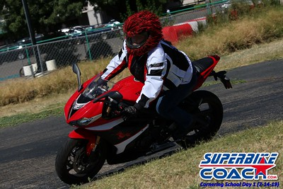 superbikecoach_corneringschool_2019july14_GroupA_1