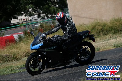 superbikecoach_corneringschool_2019july14_GroupA_6