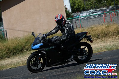 superbikecoach_corneringschool_2019july14_GroupA_5