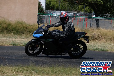 superbikecoach_corneringschool_2019july14_GroupA_20