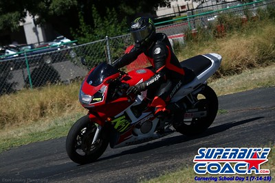 superbikecoach_corneringschool_2019july14_GroupA_8