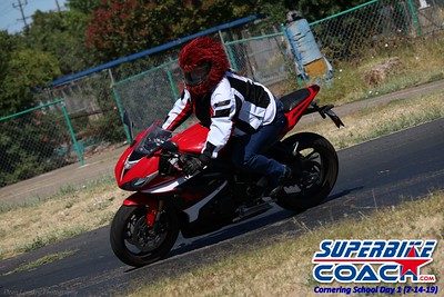 superbikecoach_corneringschool_2019july14_GroupA_9