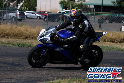superbikecoach_corneringschool_2019july14_GroupA_13