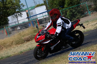 superbikecoach_corneringschool_2019july14_GroupA_10