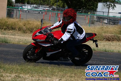 superbikecoach_corneringschool_2019july14_GroupA_24