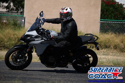 superbikecoach_corneringschool_2019july14_GroupB_7