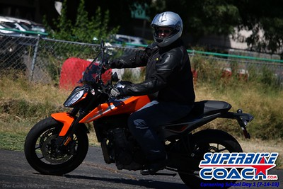 superbikecoach_corneringschool_2019july14_GroupB_12