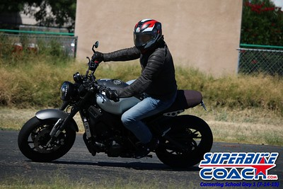 superbikecoach_corneringschool_2019july14_GroupB_8