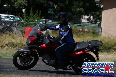 superbikecoach_corneringschool_2019july14_GroupB_20