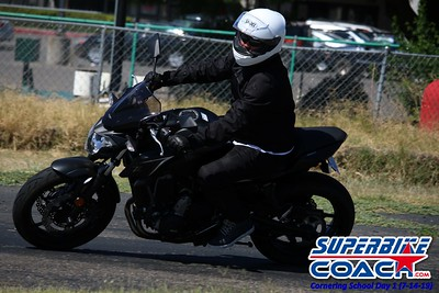 superbikecoach_corneringschool_2019july14_GroupB_15