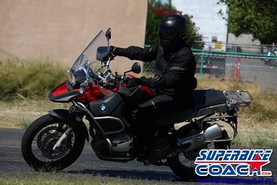 superbikecoach_corneringschool_2019july14_GroupB_24