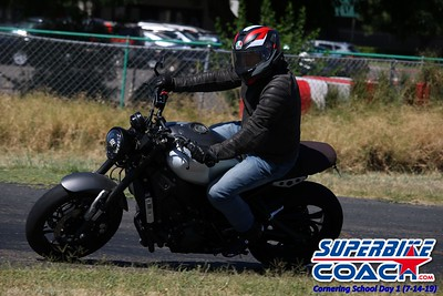 superbikecoach_corneringschool_2019july14_GroupB_28