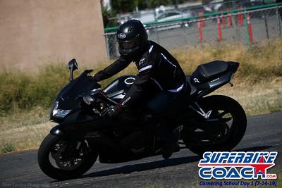 superbikecoach_corneringschool_2019july14_GroupC_5