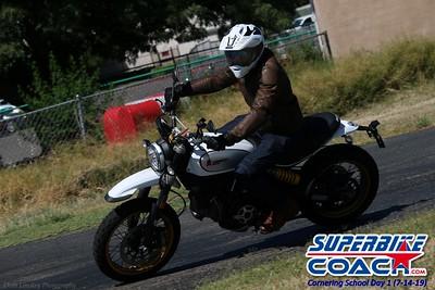 superbikecoach_corneringschool_2019july14_GroupC_23