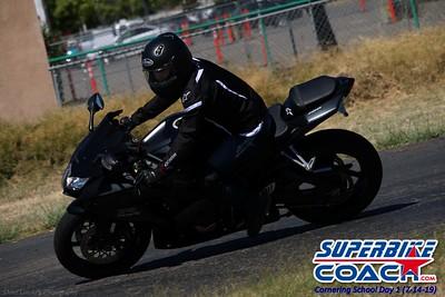 superbikecoach_corneringschool_2019july14_GroupC_24