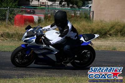 superbikecoach_corneringschool_2019july14_GroupC_18