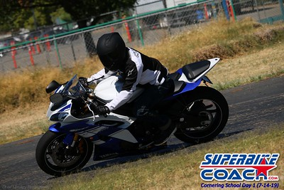 superbikecoach_corneringschool_2019july14_GroupC_26