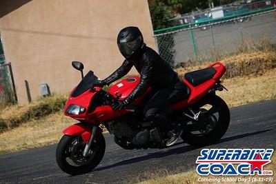 superbikecoach_corneringschool_2019aug11_GroupB_14