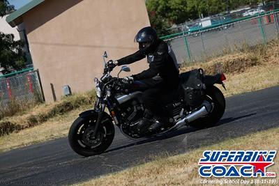 superbikecoach_corneringschool_2019aug11_GroupB_26
