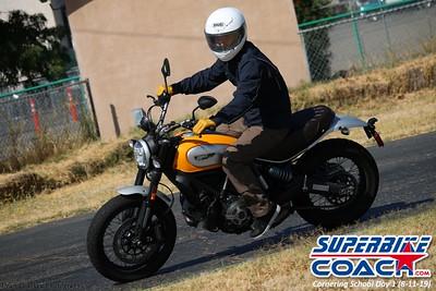 superbikecoach_corneringschool_2019aug11_GroupB_18