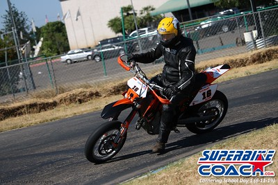 superbikecoach_corneringschool_2019aug11_GroupB_24