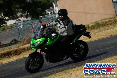 superbikecoach_corneringschool_2019aug11_GroupC_25