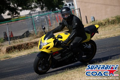 superbikecoach_corneringschool_2019aug11_GroupC_9