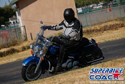 superbikecoach_corneringschool_2019aug11_GroupC_11