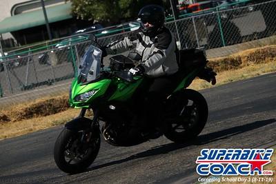 superbikecoach_corneringschool_2019aug11_GroupC_27