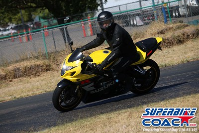 superbikecoach_corneringschool_2019aug11_GroupC_7