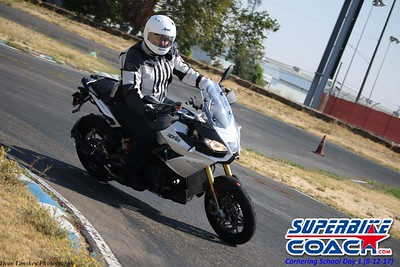 superbikecoach_corneringschool_2017aug12_10
