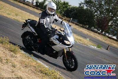 superbikecoach_corneringschool_2017aug12_9