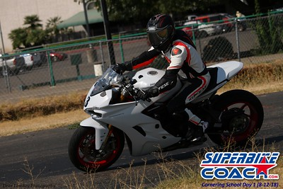 superbikecoach_corneringschool_2018august12_9