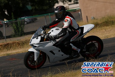 superbikecoach_corneringschool_2018august12_8