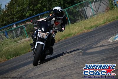 superbikecoach_corneringschool_2019may05_features_14