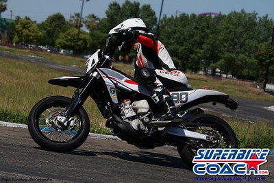 superbikecoach_corneringschool_2019may05_features_22