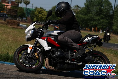 superbikecoach_corneringschool_2019may05_features_20