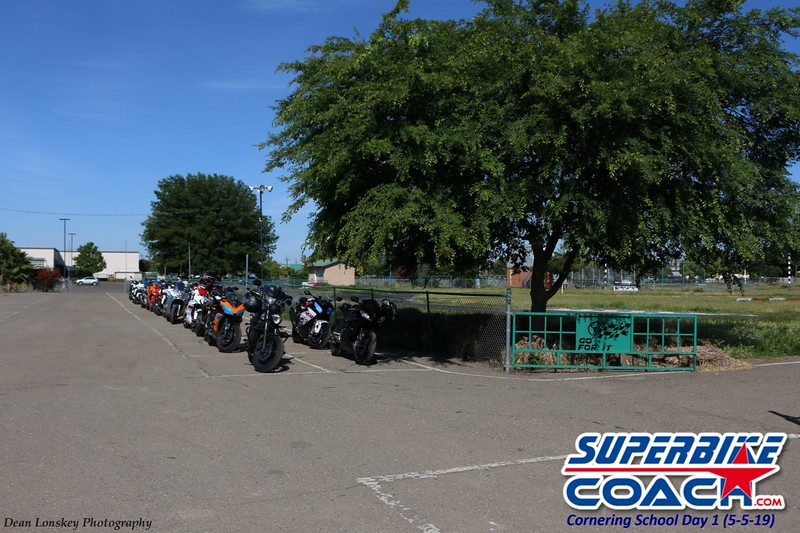 superbikecoach_corneringschool_2019may05_features_1