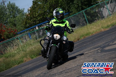superbikecoach_corneringschool_2019may05_features_15