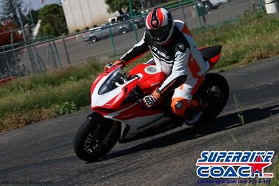 superbikecoach_corneringschool_2019may05_groupA_25