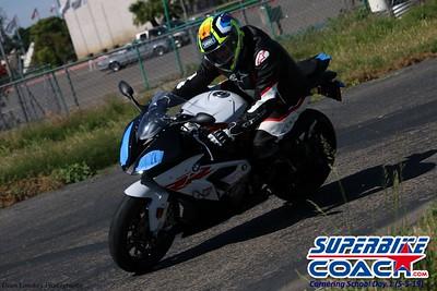 superbikecoach_corneringschool_2019may05_groupA_18
