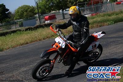 superbikecoach_corneringschool_2019may05_groupA_4