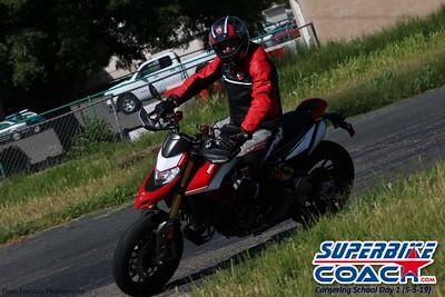 superbikecoach_corneringschool_2019may05_groupA_14
