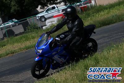 superbikecoach_corneringschool_2019may05_groupA_27