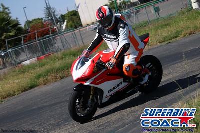 superbikecoach_corneringschool_2019may05_groupA_13