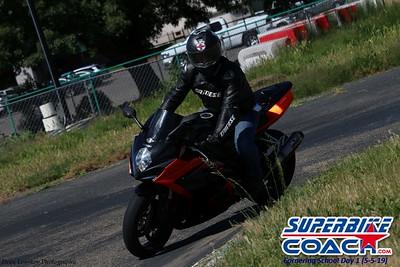 superbikecoach_corneringschool_2019may05_groupC_26